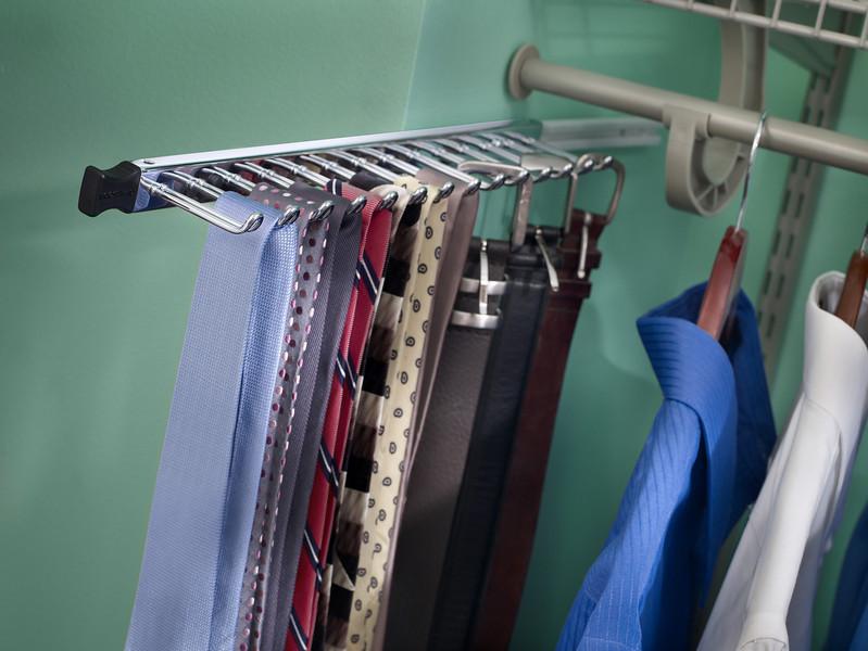 ClosetMaid Belt and Tie Rack