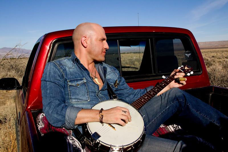 Darin Bennet, Musician