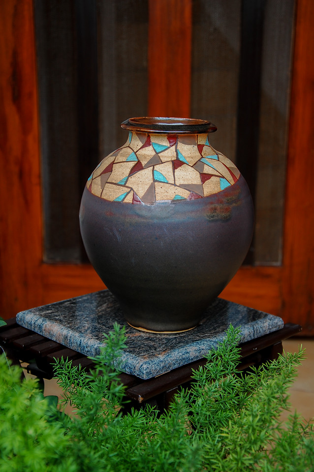 Pot with an Artwork
