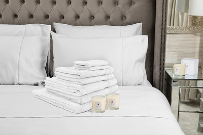 White Towels 2 Candles