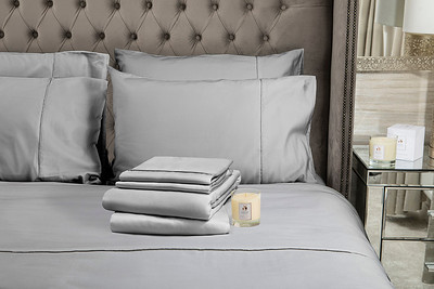 Silver Bedding stack 1 Candle
