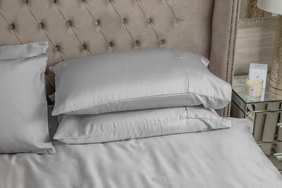 Silver Bedding Lifestyle 03