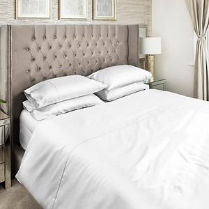 White Bedding Lifestyle 05 Crop