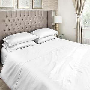 White Bedding Lifestyle 05
