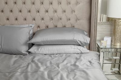 Silver Bedding Lifestyle 02