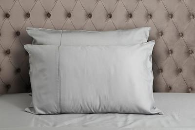 Silver Bedding Lifestyle 04