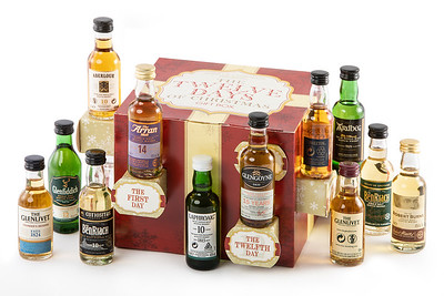 Twelve Days Christmas Box Single Malt 2 Low Res