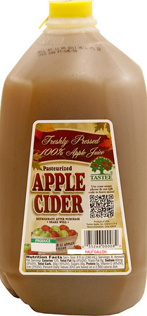 _MG_2445 TASTEE Apple Cider Half Gallon