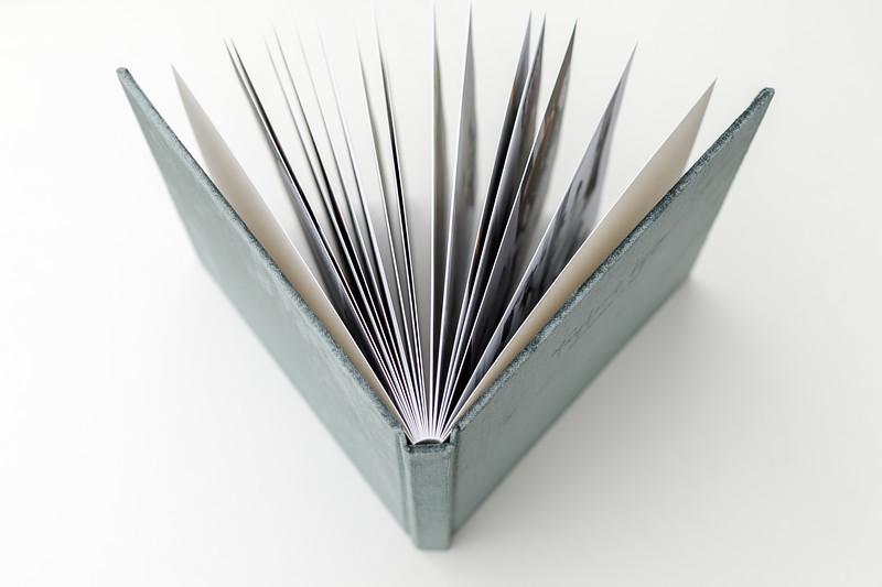 0018-VisionArtBook-Velvet-Cover