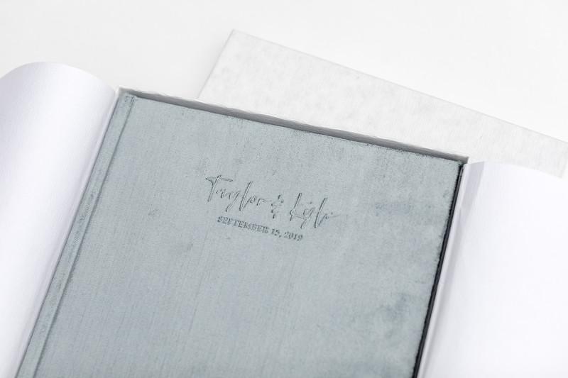 0022-VisionArtBook-Velvet-Cover