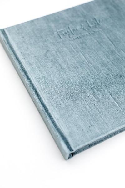 0006-VisionArtBook-Velvet-Cover