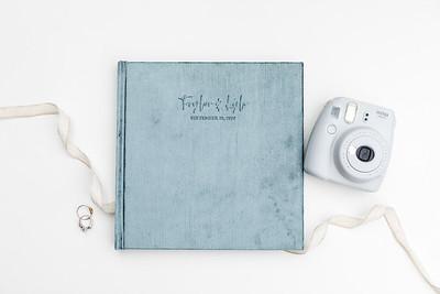 0005-VisionArtBook-Velvet-Cover