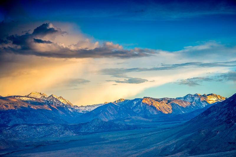Last light over the eastern sierra high country