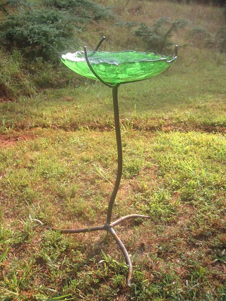 Birdbath with <br /> Welded Steel Stand<br /> 33in x 16in x 16in