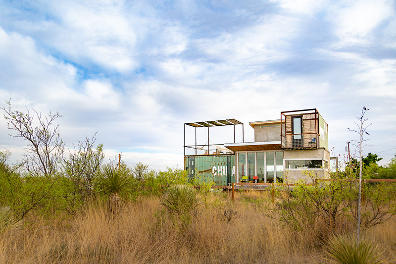 Marfa Container House100