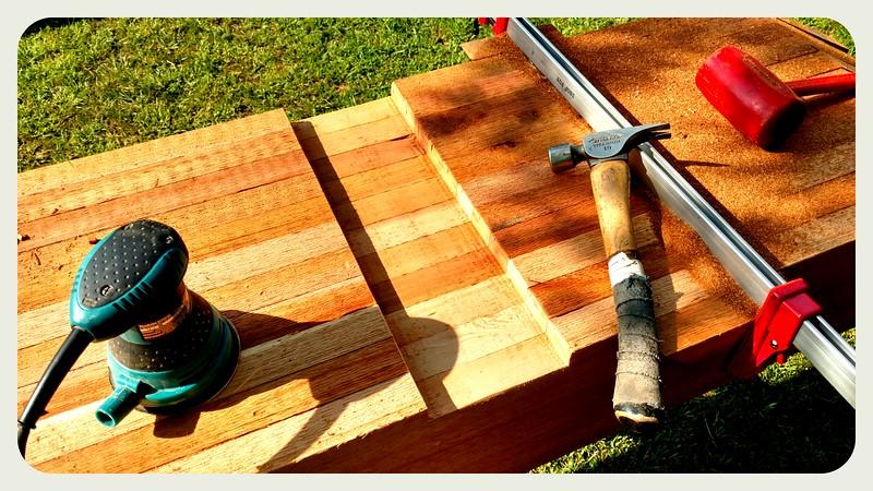 Pergola with Wood Brace 71T1