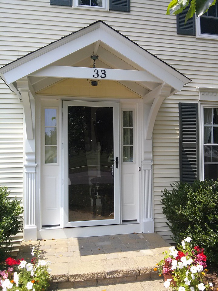 Front Porch with Bracket 10T11 Smooth Finish