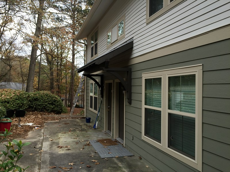 Front Porch with Wood Bracket 10T11 Smooth Finish