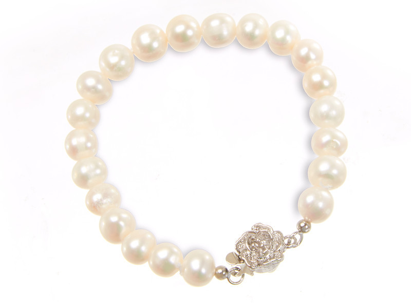 PEARL-BRACELET-2-shadow