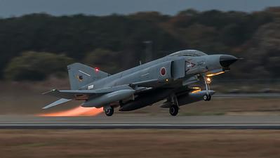 JASDF 301 Hikotai / McDonnell Douglas F-4J Phantom II / 57-8367