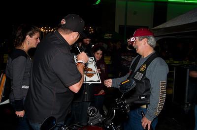 Quaker Steak & lube Bike Giveaway 2013
