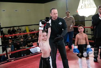 Riley Suto (w) vs Anthony Perez