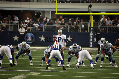 Cowboys vs Bills Nov 12, 2011 (34)