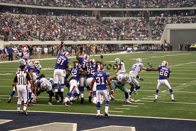 Cowboys vs Bills Nov 12, 2011 (5)
