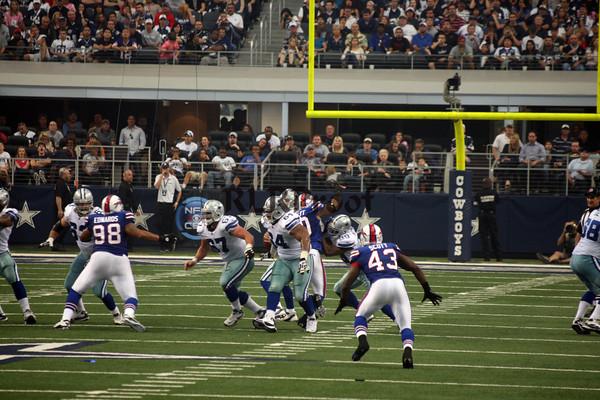 Cowboys vs Bills Nov 12, 2011 (35)
