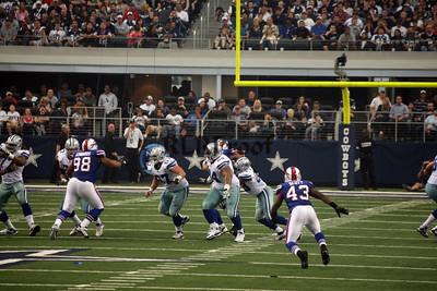 Cowboys vs Bills Nov 12, 2011 (36)