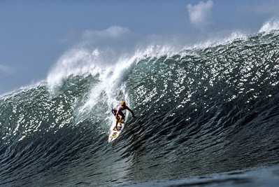 Surfing Pro Surfer - Barton Lynch N. Shore, Oahu, Hi