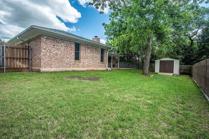 Kerrville - 414 Meadow Ridge - K/W Realty050419_409_413