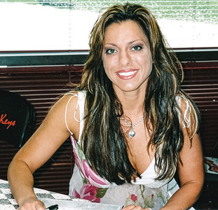 Dawn Marie WWE Autograph Signing