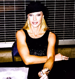 Sable WWE Autograph Signing
