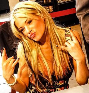 Ashley Massaro WWE Autograph Signing