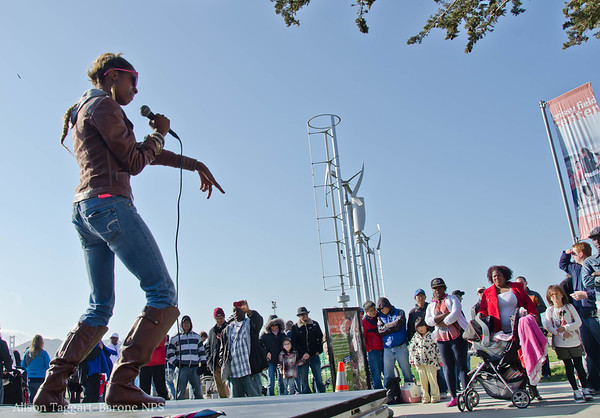 rapping at the Golden Gate Bridge 75th anniersary