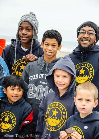 Volunteers at Ocean Beach