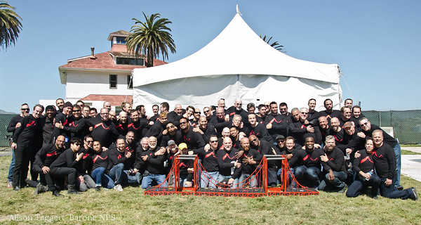 Gay Mens Choir at the 75th annoversary of the Golden Gate bridge