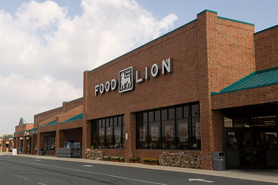 10914 Centerville Shopping Center