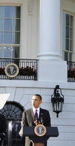 Obama addresses the crowd of 600
