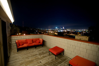 ROOFTOP DECK  - AMAZING VIEW OF DOWNTOWN CINCINNATI