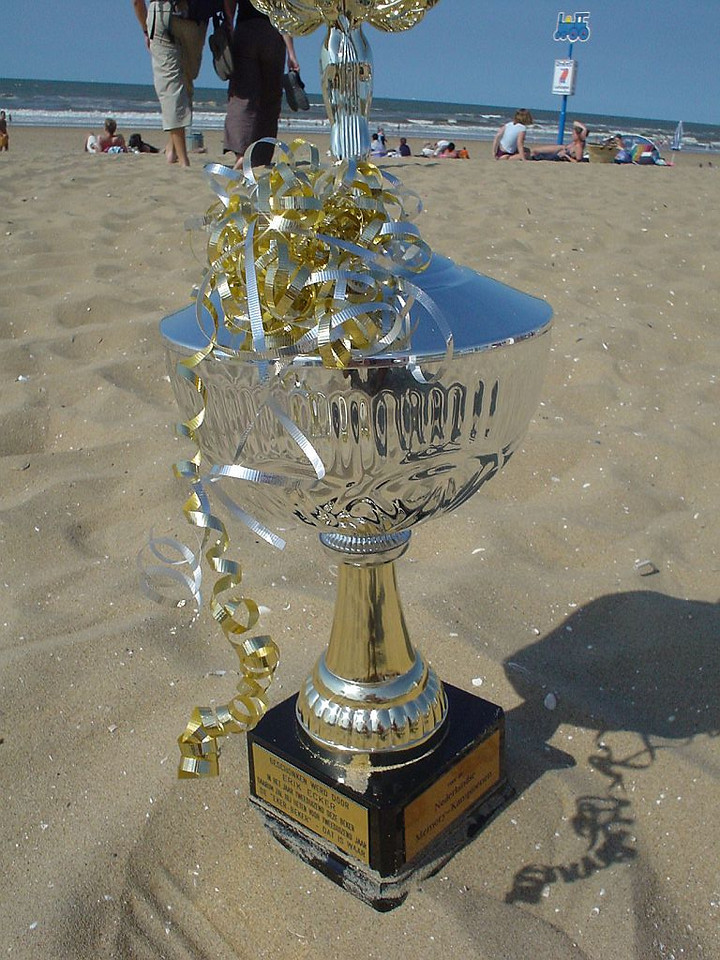 "The ""Eker Beker"" Trophy"