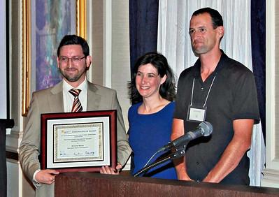 09-Distinguished Leadership Award – Student Planner. Justin Meek (San José State University), Darcy Kremin, AICP (Northern Section Director), Charlie Knox, AICP (juror)