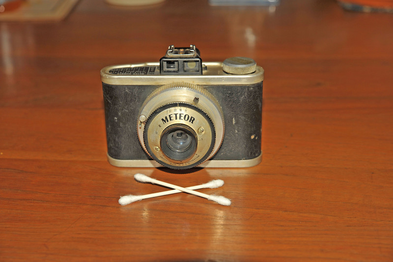 Vintage Antique Cameras - AFTER cleaning and testing - Meteor