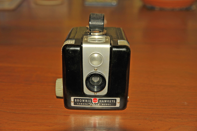 Vintage Antique Cameras - AFTER cleaning and testing - Kodak Brownie Hawkeye Camera Flash Model