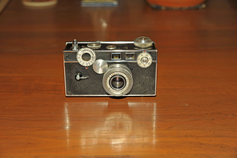 Vintage Antique Cameras - AFTER cleaning and testing - Argus C3 Brick