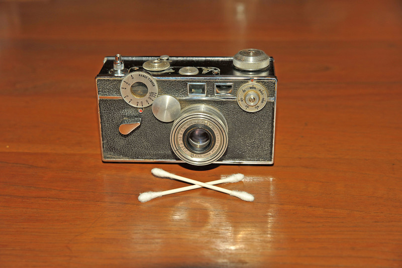 Vintage Antique Cameras - AFTER cleaning and testing - Argus Brick