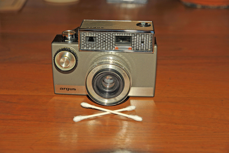 Vintage Antique Cameras - AFTER cleaning and testing - Argus Autronic 35