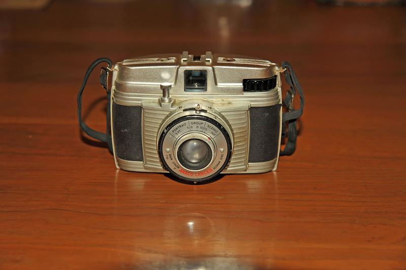 Vintage Antique Cameras - AFTER cleaning and testing - Ansco Lancer