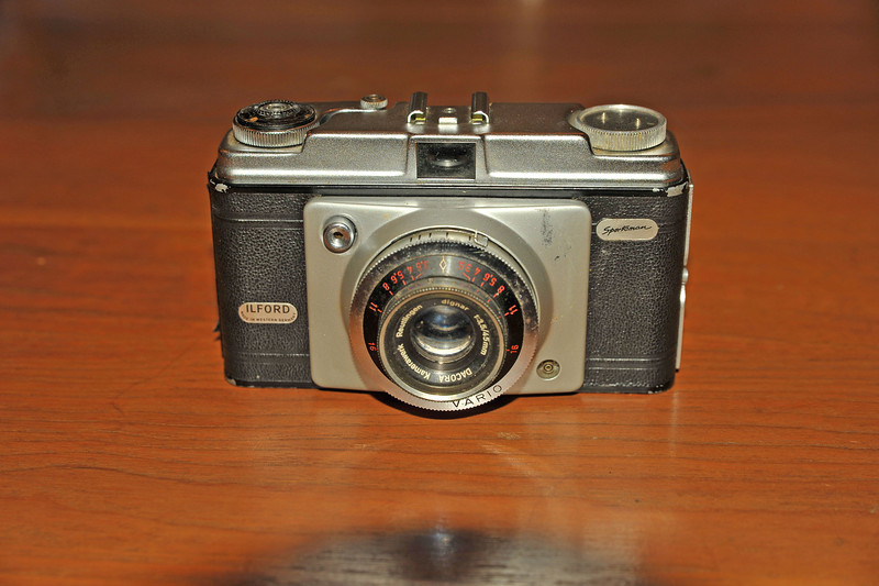 Vintage Antique Cameras - AFTER cleaning and testing - Ilford Sportsman